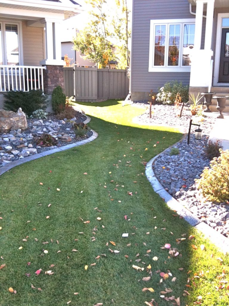 complementary design in shared front yard