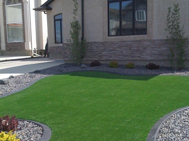 artificial turf with curb edge